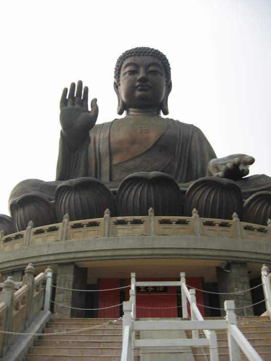 Closer view of the Tian Tan Buddha.
